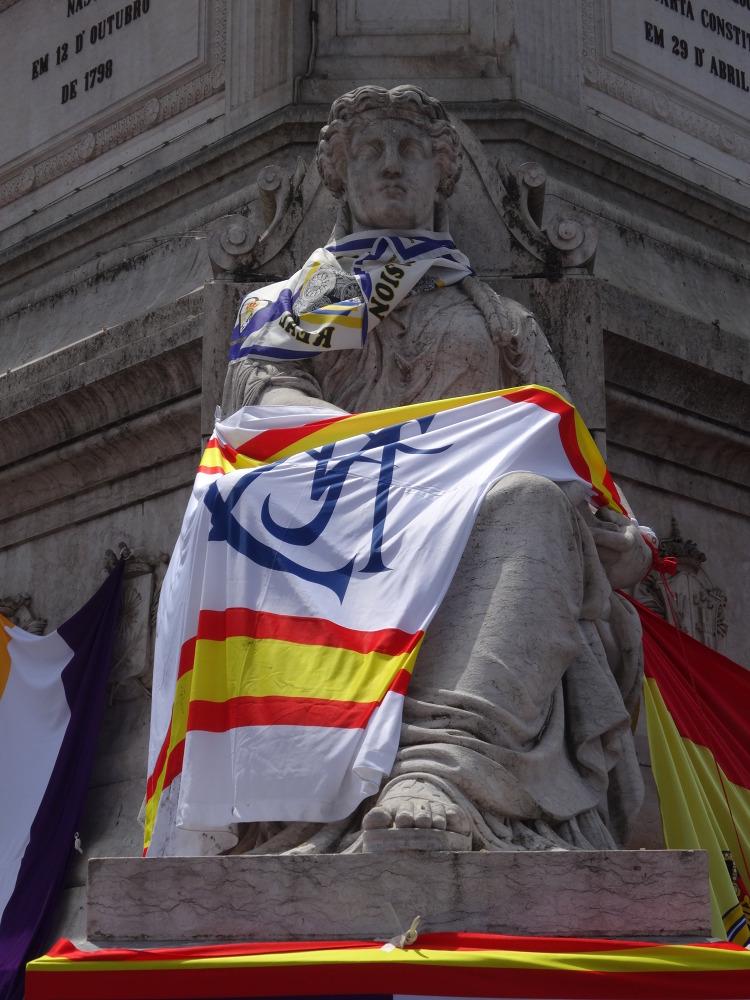 Strefa kibiców Realu Madryt na Praca de Figueira oraz Praca de Pedro IV