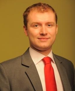 Tomasz Majer, Feniks Finanse