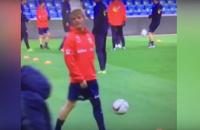 """16-letni Odegaard niesamowicie """"klei"""" piłkę na treningu Norwegów [WIDEO]"""